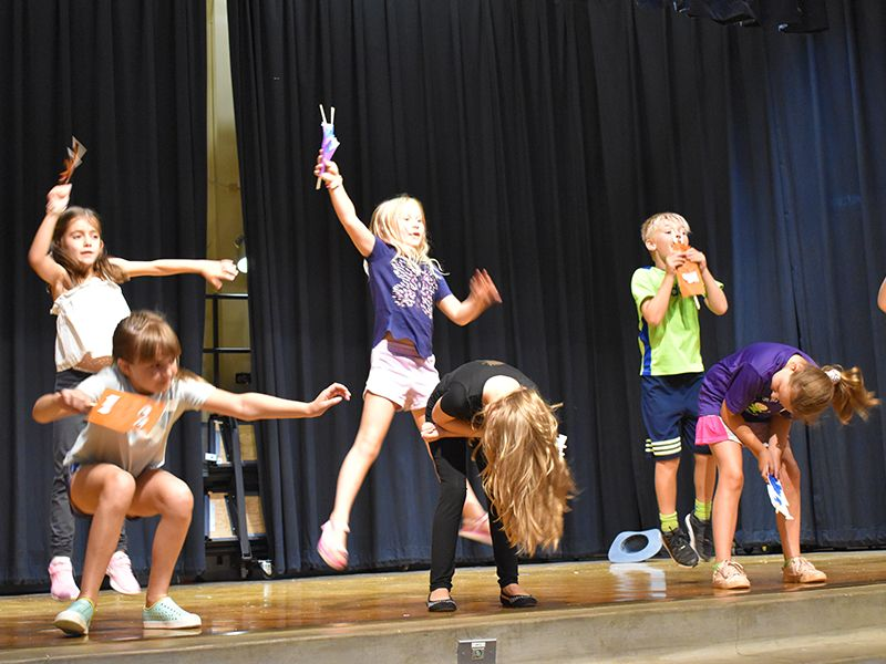 Kids on Stage in Performing Arts Camp at Dream Big Summer Day Camp | Hilltop Denver and Greenwood Village